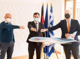 Συναντήσεις Θεοχάρη στη Γερμανία για θέματα τουρισμού