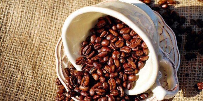 Πώς ο καφές επηρεάζει το δέρμα