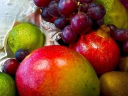 Ποιο φρούτο δε σε «αφήνει» να… γεράσεις!