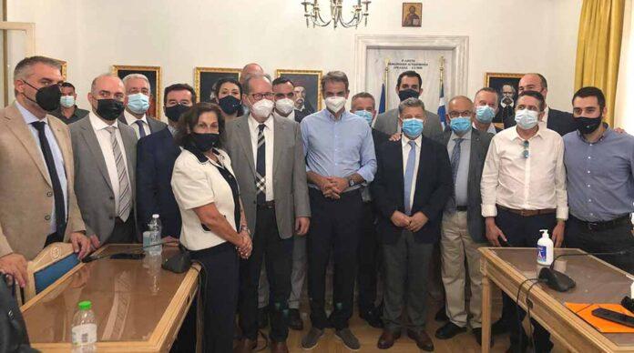 """Ο ΣΥΡΙΖΑ για την επίσκεψη Μητσοτάκη στην Τρίπολη: """"Η κοροϊδία της δήθεν διαβούλευσης καλά κρατεί"""""""