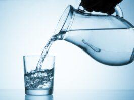 Νερό - Πόσο πρέπει να το αυξήσουμε το καλοκαίρι;